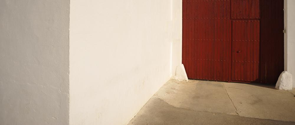 photoblog image La puerta roja